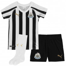 Puma Newcastle United Home Mini Kit 2018 2019